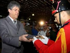 ricardo recebe medalha da pmpb foto francisco frança secom pb_0049