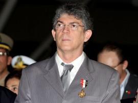 ricardo recebe medalha da pmpb foto francisco frança secom pb_0198