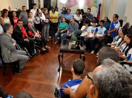 ricardo_recebe_atletas_paraolimpicos_foto_francisco_franca_3