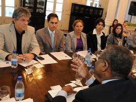 ricardo com empresarios do haiti foto jose marques secom pb (4)