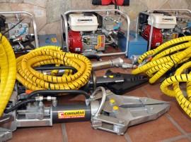 saude entrega desencarderadores hidraulicos ao bombeiros foto walter rafael (38)