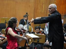 ricardo prestigia a orquestra simfonica 50