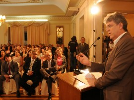 23.05.12 ricardo_assina_defensoria_publica_fotos_jose marques (3)