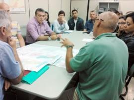 Reunião de técnicos da Aesa com o especialista francês Michel Stein em João PEssoa
