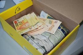 dinheiro falso 2
