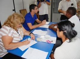 Cadastro Restaurante Popular - 27.08.12 - fotos Severino Pereira (11)