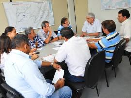 secretaria_de_infraestrutura_reunião_distribuição_de_ração_foto_kleide_teixeira_01