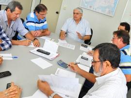 secretaria_de_infraestrutura_reunião_distribuição_de_ração_foto_kleide_teixeira_06