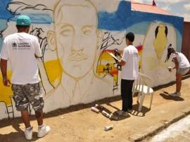 31.08.12 ofician_grafit_foto_alberi pontes (1)