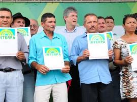 AGRICULTURA-FAMILIAR-ENTREGA DE TITULOS DE TERRA (11)