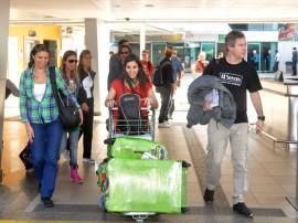 turistas argentinos desembacam na pb foto joao francisco (16)