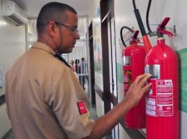 bombeiros realizam vistoria em hospitais foto jose lins 35