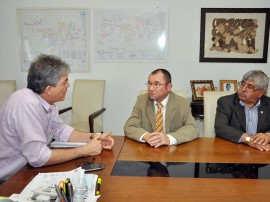 28.11.12 ricardo_defensor publico_ Vanildo brito ( centro ) e jaime carneiro ( direita )_foto_joao francisco (5)