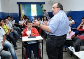 30.11.12 romulo_gouveia_visita_colegio_cenecista_pedro_serro (1)