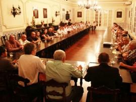 ricardo com prefeitos foto francisco frança secom pb_7433 (1)