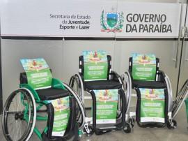 17.12.12 entrega_cadeiras_roda (4)