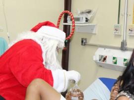 21.12.12 papai_noel_visita_hospital _trauma (3)