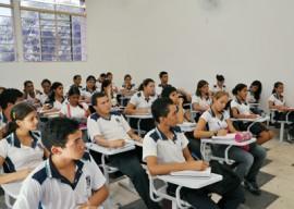 liceu paraibano sala aula foto walter rafael1 270x192 - Governo matricula estudantes novatos nas escolas da rede estadual