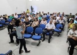 26.02.13 secretaria_saude_promove_encontro_definir_programa (2)