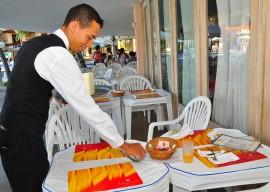 hotel tambau atendimento garcon e musica orla e praia foto jose lins (35)
