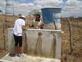 13.03.13 Governo vai levar água doce para 93 comunidades paraibanas atingidas pela seca (2)