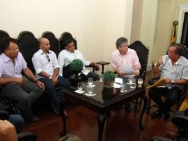 ricardo com prefeitos do cariri foto franciso frança (1)