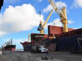 10.04.13 doca porto navio fotos joao francisco 8 270x202 - Porto de Cabedelo cresce 80% em relação ao primeiro trimestre de 2012
