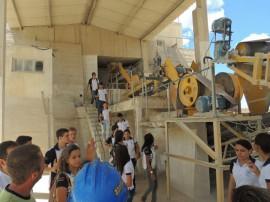 18.04.13 campo alunos curso minerao 2 270x202 - Estudantes do curso de mineração têm aula de campo em mina no RN