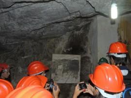 18.04.13 campo alunos curso minerao1 270x202 - Estudantes do curso de mineração têm aula de campo em mina no RN