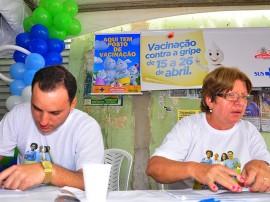 20.04.13 campanha vacinacao fotos roberto guedes secom pb 8 270x202 - Quase 197 mil pessoas são imunizadas contra a gripe na Paraíba