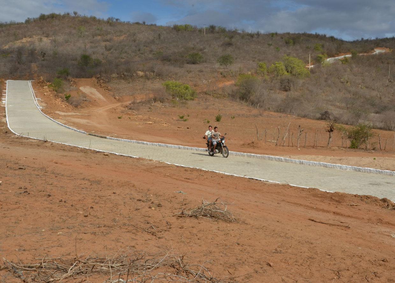 20.04.13 ricardo inaugura estrada cuite bom bocadinho fotos alberi pontes 181 - Ricardo entrega pavimentação beneficiando mais de 20 mil habitantes
