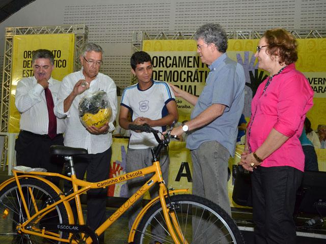 AFP 2495 - Ricardo anuncia casas e libera crédito em Audiência do ODE em Guarabira