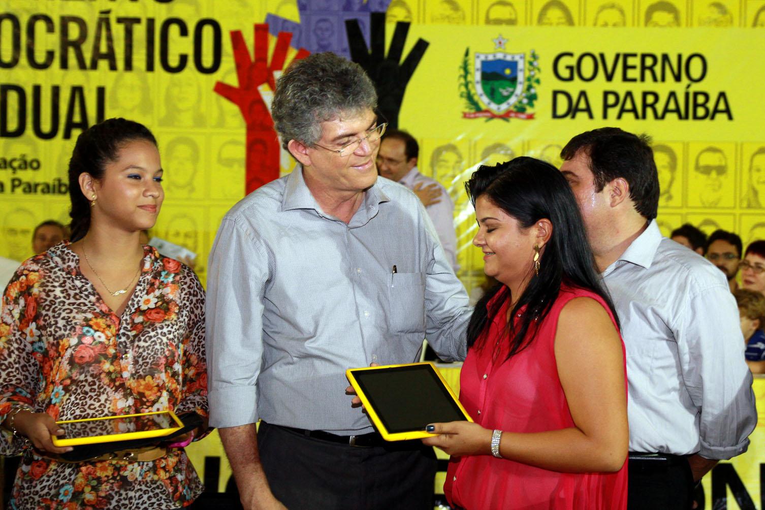IMG 8476 - Ricardo autoriza obras para estrada e rede de abastecimento no ODE