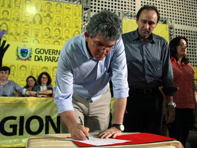 ODE de Mamanguape foto francisco frança 259 - Ricardo anuncia obras e entrega créditos do Empreender-PB