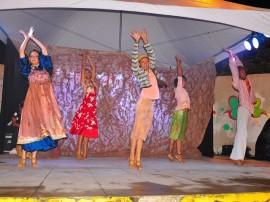 funesc dia internacional da danca apresentacao bale popular em praca foto walter rafael 81 270x202 - Plateias lotadas marcam apresentações do Dia Internacional da Dança