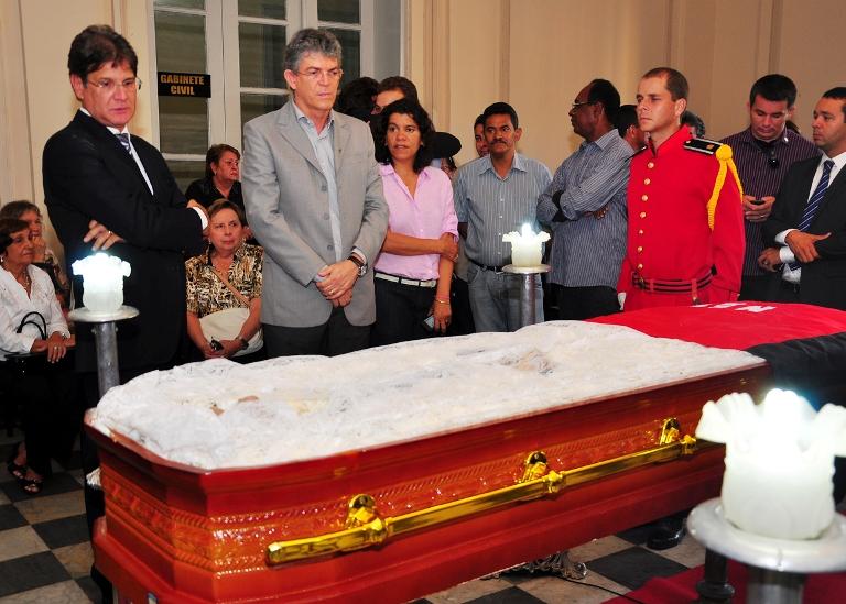 homenagem.velório 06 - Corpo de Dorgival Terceiro Neto é velado com honras de chefe de Estado