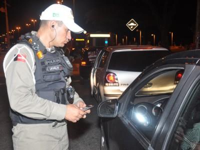lei seca roberto guedes 2 - 'Lei Seca' flagra 13 motoristas da Capital no fim de semana