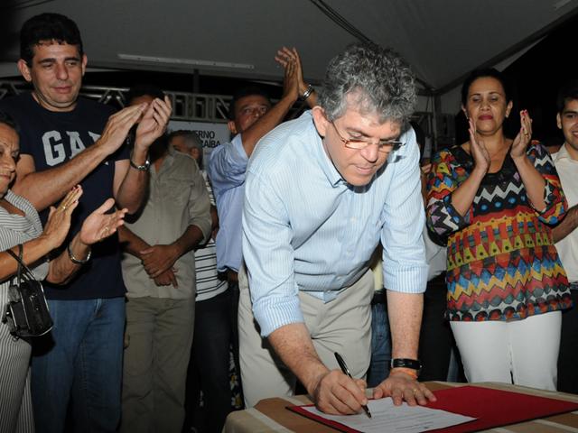 mataraca3 - Ricardo autoriza estrada de Mataraca a Barra de Camaratuba
