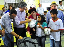 ricardo od bananeiras foto kleide teixeira 141 270x202 - Ricardo autoriza licitação de adutoras no Brejo Paraibano beneficiando 140 mil pessoas