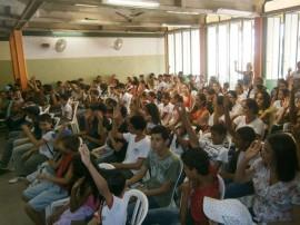 02.05.13 escolar estadual cg realiza projeto 270x202 - Projeto previne uso de drogas em escola estadual de Campina Grande