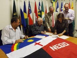 08.05.13 encontro comissoes pee pb 21 270x202 - Comissão da Verdade firma acordo de cooperação recíproca com Pernambuco
