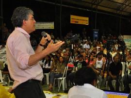 25.05.13 orcamento democratico catole do rocha fotos roberto guedes 29 portal 270x202 - Ricardo autoriza mais de R$ 53 milhões em obras em Catolé