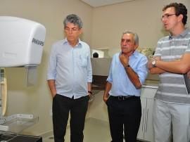 25.05.13 ricardo inaugura mamografia catole fotos roberto gudes 391 270x202 - Catolé ganha serviço de mamografia que vai atender 10 municípios