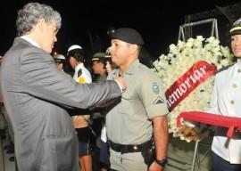 29.05.13 RICARDO pm concede homenagens militares 3 270x192 - Ricardo presta homenagem a militares mortos e feridos em serviço