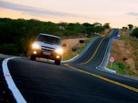 LIVRAMENTOPB 226 270x202 - Ricardo inaugura estrada e tira mais de 7 mil moradores do isolamento