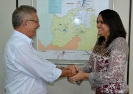 Presidente da Aesa João Vicente e superintendente da Sudema Luara Farias 270x192 - Aesa e Sudema firmam Termo de Cooperação Técnica para melhorar qualidade da água no Estado