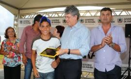 QUEIMADAS ENTREGA DE ESCOLA 6 270x162 - Ricardo entrega escola e tablets em Queimadas