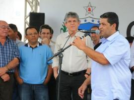 RIACHO DE SANTO ANTONIO PREFEITO1 270x202 - Ricardo autoriza construção de adutora e licitação da PB-196