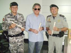 doações flauta batalhão PORTAL1 270x202 - Projeto de Música da Polícia Militar em Campina Grande recebe doação de flautas doces