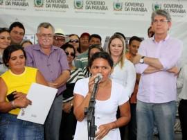 ricardo entrega casas em sao bentinho foto francisco frança 6 270x202 - Ricardo entrega casas para famílias carentes em São Bentinho